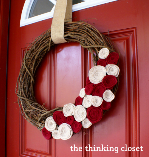 Felt Flower Wreath...just another fun part of the Choose Your Own Adventure Fall House Tour at thinkingcloset.com!