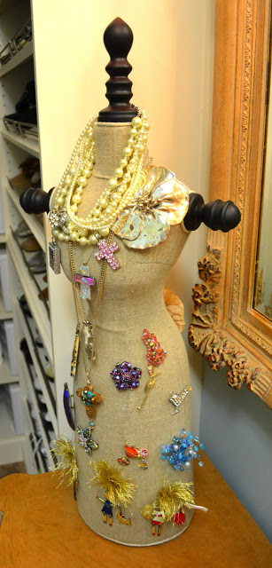 25 Creative Solutions to Necklace Organization - the thinking closet