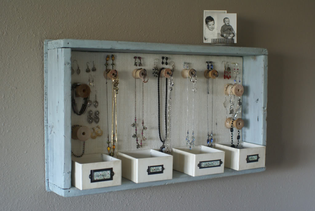 25 creative solutions to necklace organization the thinking closet spool knob jewelry storage a time for everything solutioingenieria Image collections