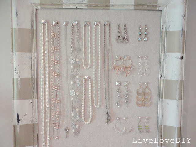 25 Creative Solutions To Necklace Organization The