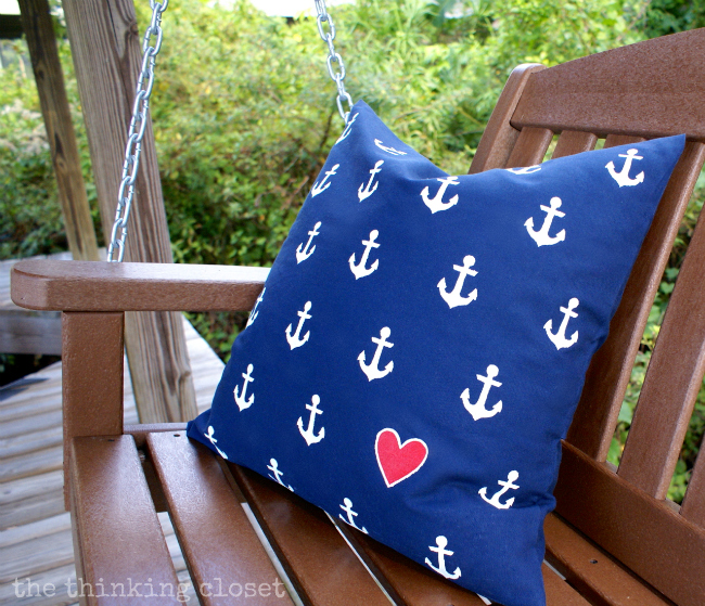 DIY Nautical Anchor Pillow Tutorial via thinkingcloset.com