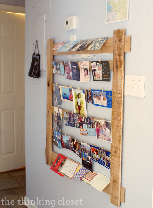Christmas Card & Photo Display from a Pallet!