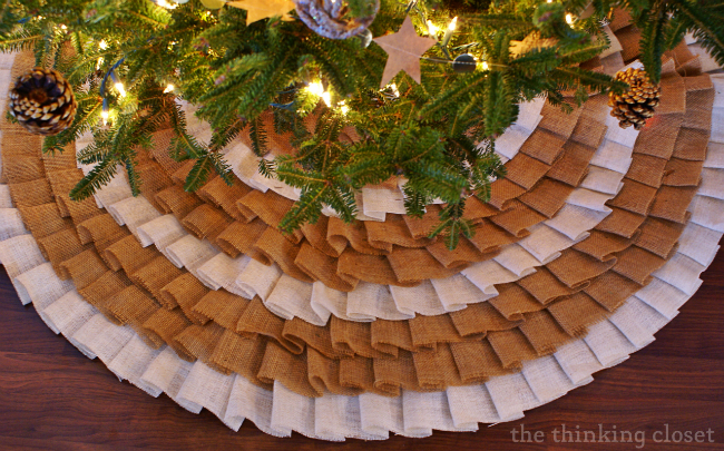 DIY No-Sew Burlap Ruffle Christmas Tree Skirt!