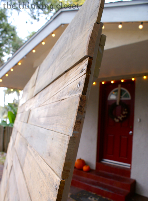 Tips & Tricks for Working with Pallet Wood via thinkingcloset.com