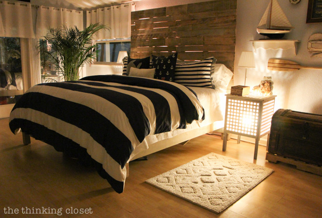 So, You Want to Build a Pallet Headboard? Here's How! Tips & Tricks via thinkingcloset.com