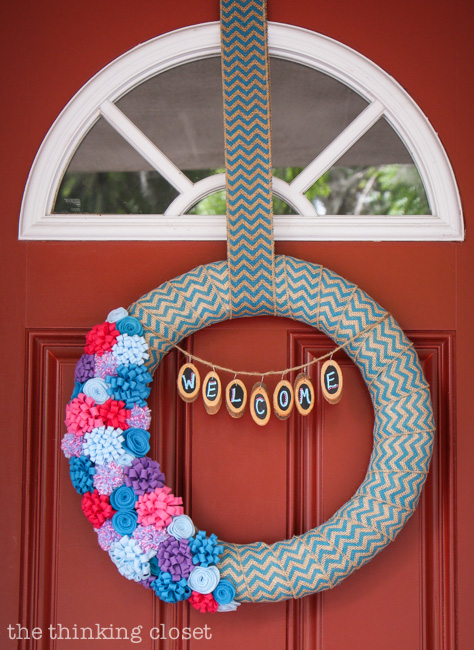 Spring to Summer Felt Flower Wreath.  Step by step tutorial by thinkingcloset.com