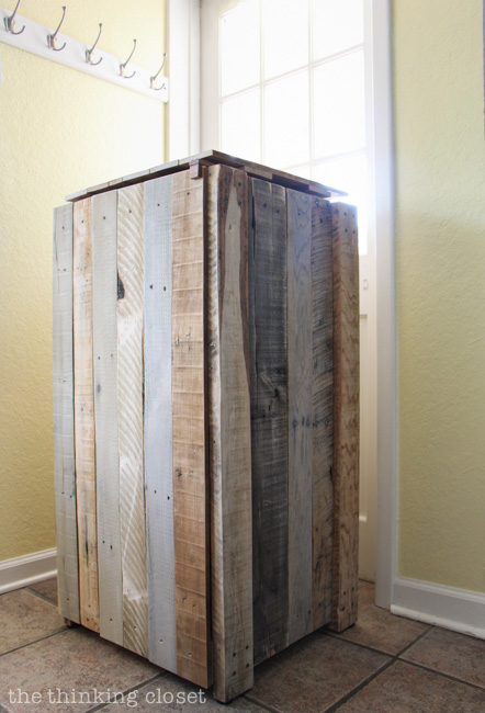 ingenious home recycling bin ideas. Rustic Pallet Recycle Bin  Gotta love that the recycle bin itself is made from recycled How to Build a or Trash Can