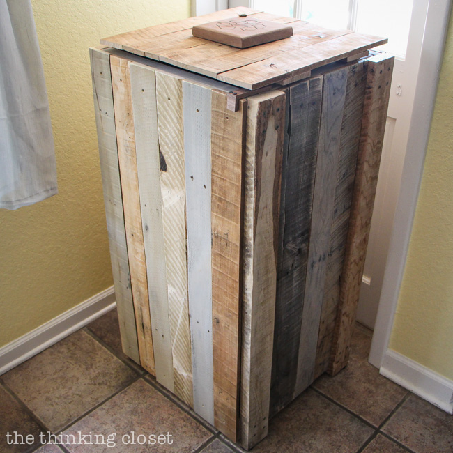 Recycling Pallets into a Rustic Recycle Bin