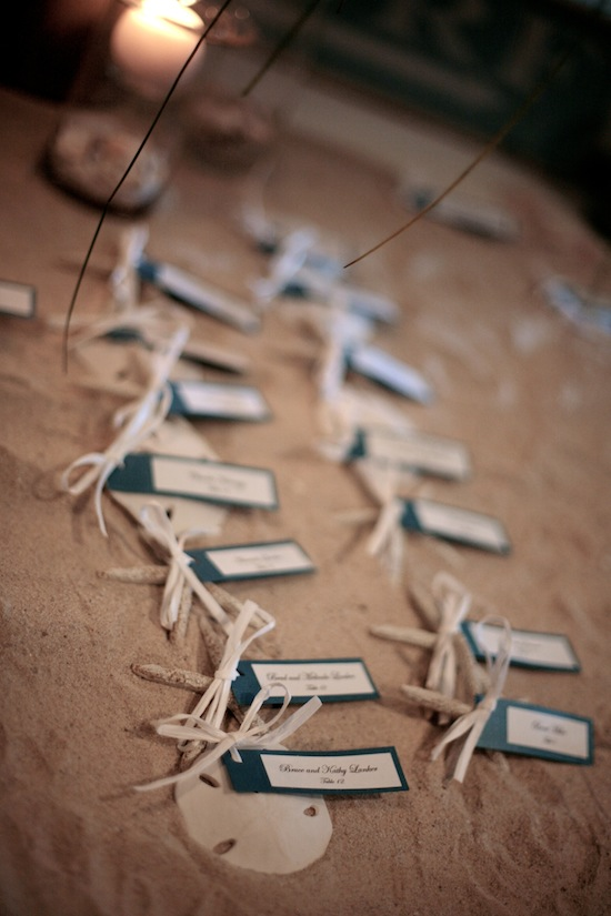 Seashell Place Cards: Perfect for a beach wedding. Makes a great souvenir for wedding guests, too!