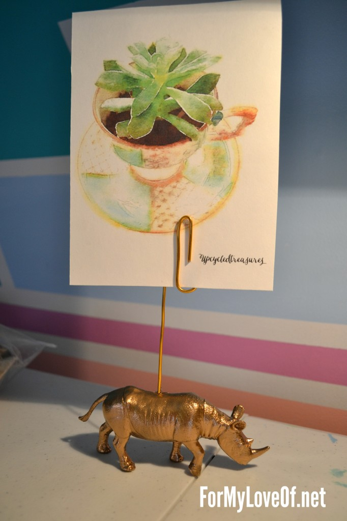 Gold Rhino Photo Holder via For my love of, Featured in The Thinking Closet's Spring 2014 Reader Showcase