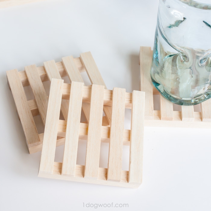 Wooden Pallet Coasters by One Dog Woof | One of a collection of DIY Drink Coasters over at thinkingcloset.com.  Such great gift ideas!