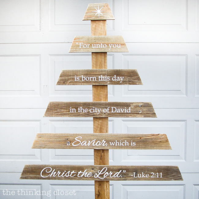 Diy rustic pallet christmas tree silhouette giveaway Christmas trees made out of wood