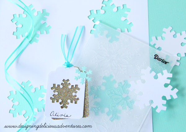 Snowflake Gift Tag Tutorial by Designing Delicious Adventures, Featured in The Thinking Closet's Fall 2014 Reader Showcase.