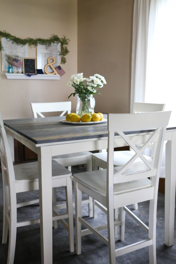 Table & Chairs Makeover with Annie Sloan Chalk Paint by Rumfield Homestead, Featured in The Thinking Closet's Spring 2015 Reader Showcase.