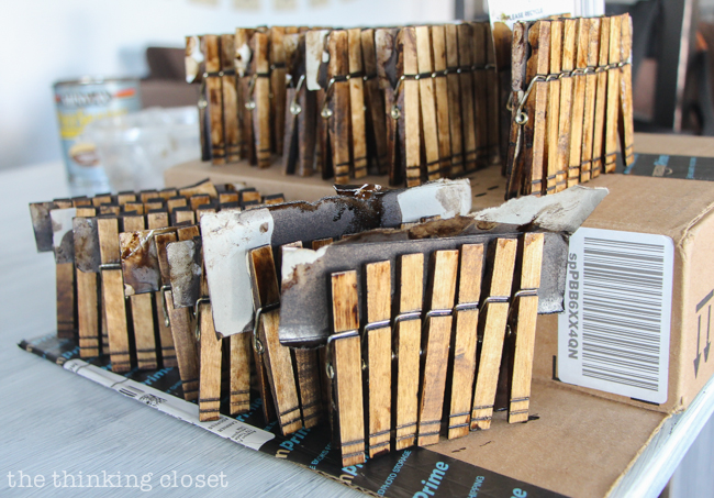 DIY Rustic Vintage Clothespin Place Card Holders | Love that can save on cost, but not scrimp on beauty with these gems! Dry time....