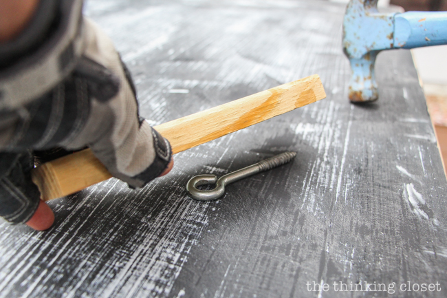 The Beginner's Guide to Distressing with Annie Sloan | Here are some fun  aging techniques you - The Beginner's Guide To Distressing With Chalk Paint® By Annie Sloan