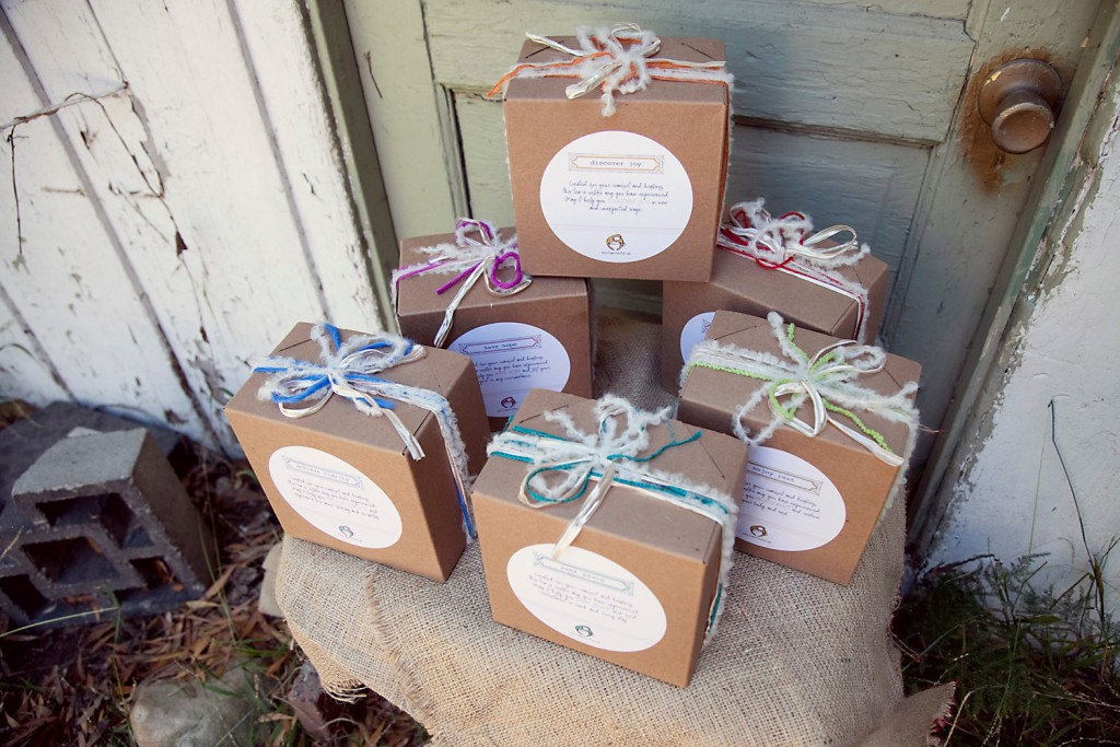 Teamotions Tea Gift Set Giveaway at The Thinking Closet | Enter to win of these gorgeous (and yummy) tea sets, complete with everything you need for 64 cups of tea that are good for the body and soul.