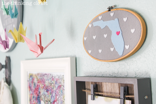 How to cut felt with your Silhouette Curio machine. Join me for the step by step tutorial for creating some custom felt state map hoop art for a baby nursery, home gallery wall, wedding or baby gift! Great tips for beginners!