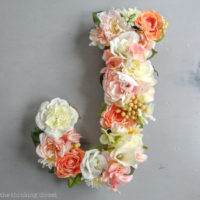 DIY Flower Monogram Letter: Timelapse Video Tutorial
